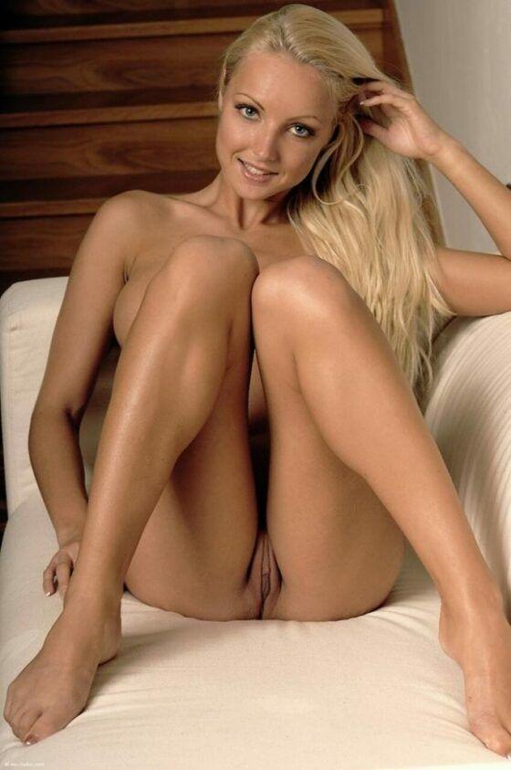 Fotos de mulheres nuas peladas